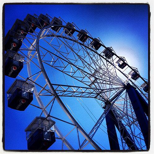 Roda Gigante Azul