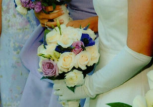 Kens-Flower-Cafe-Wedding-Bouquet-Purple-White