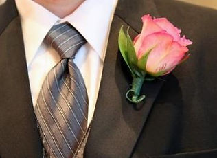 Kens-Flower-Cafe-Wedding-Corsage-Pink