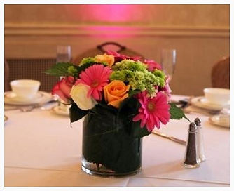 Kens-Flower-Cafe-Wedding-Centerpiece