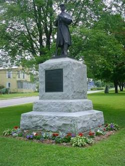 Statue06