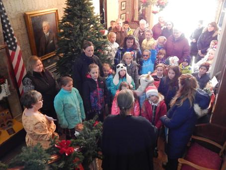 St. Marys' Students Visit the Hancock House