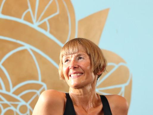 Liz Riding, Insegnante Bikram, Yin Yoga