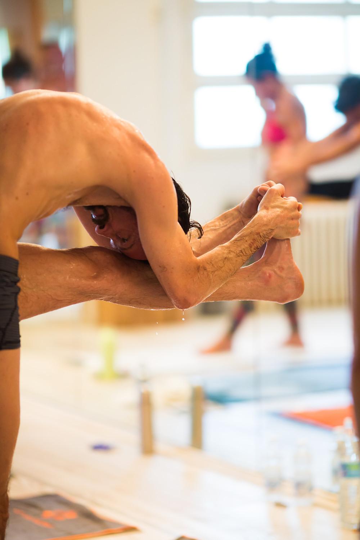 Bikram Yoga palestra per la vita