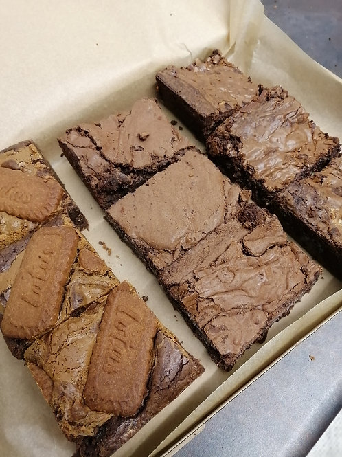 9 Piece Brownie Box