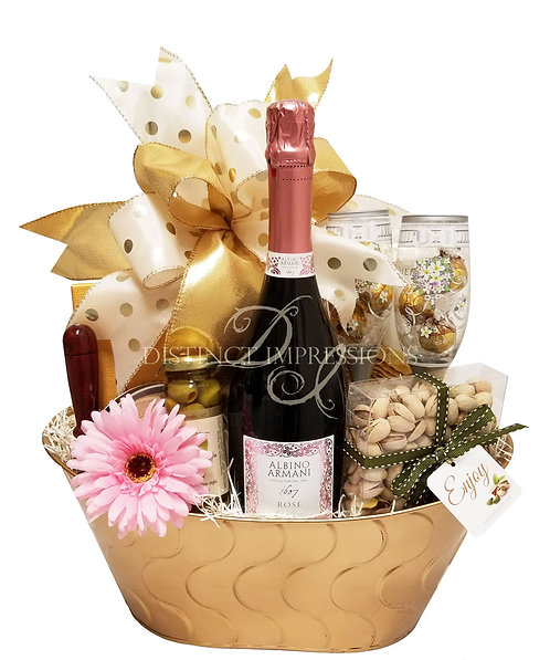 Wedding Bells Champagne Gift Basket