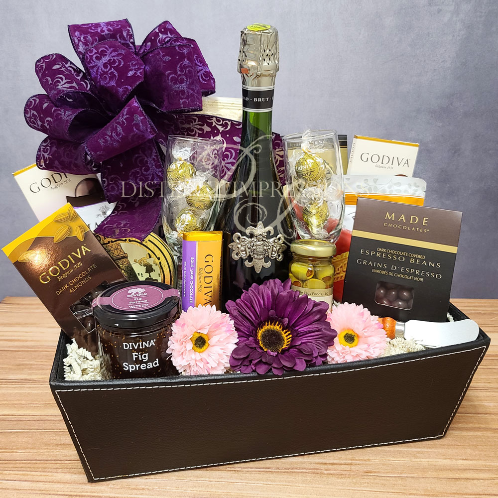 Sparkling Wine & Gourmet Offerings