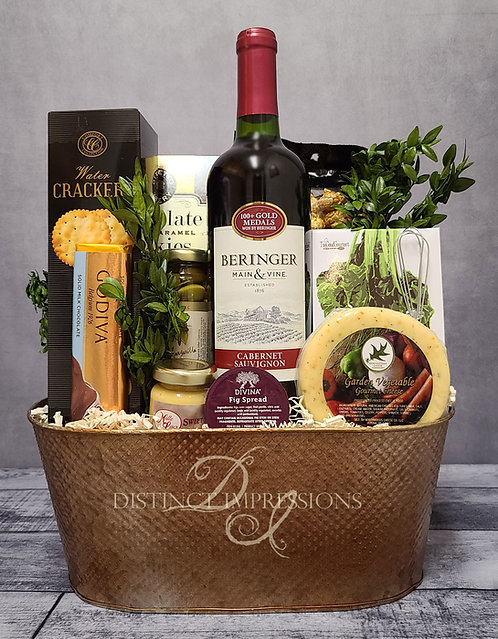 Classic Beringer Cabernet Wine and Gourmet Gift Basket