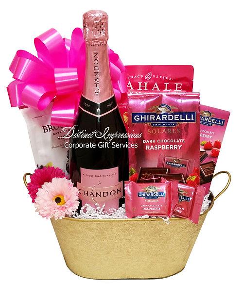 Valentine Sparkling Rose Gift Basket
