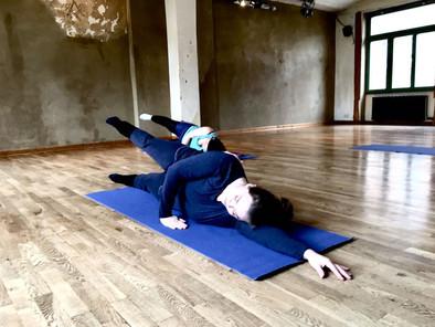 Side lying leg lift for hips