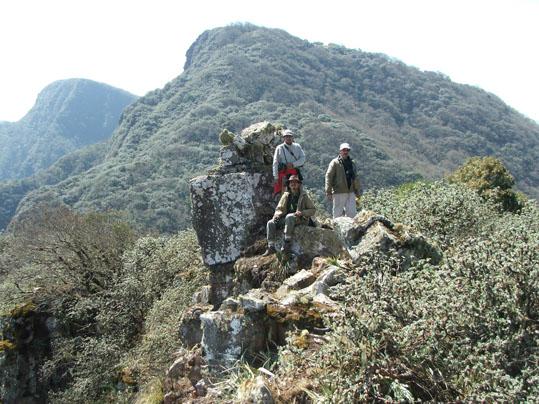 Cumbre en Portal de piedra