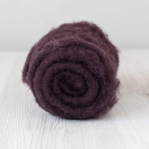 Carded New Zealand wool in Purple