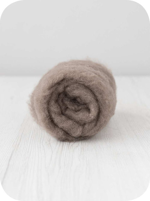 Carded New Zealand wool in Ash