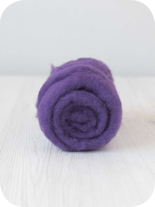 Carded New Zealand wool in Violet