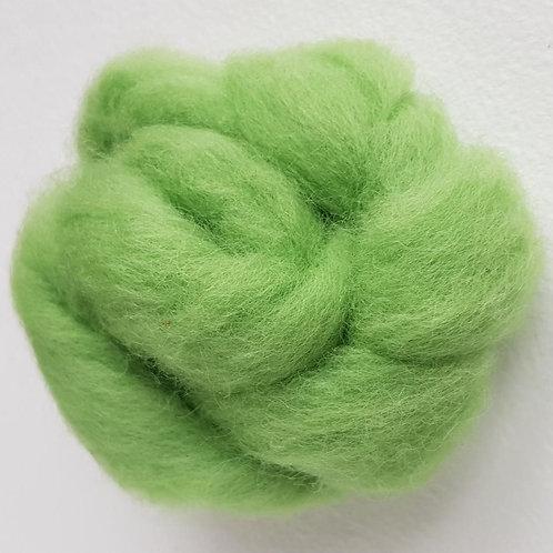 Carded Corridale Sliver in Leaf Green