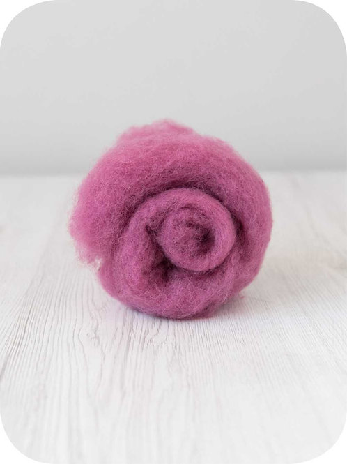Carded New Zealand wool in Orchid