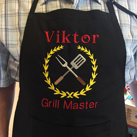 gift of embroidery personalized apron Gr