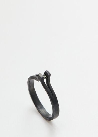 Transfigure tear-ring