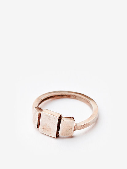 Triptych ring plain in 14k red gold
