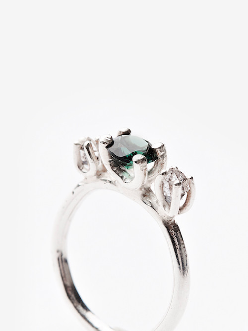 Classic Contemporary ring
