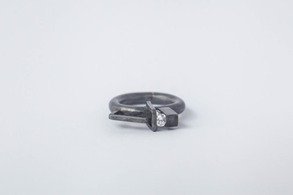 Oxidized silver 925, quartz, 2016