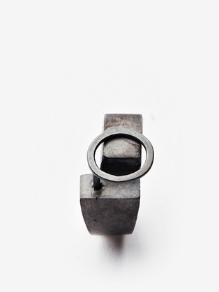 Mixed Feelings, Contra ring, 2019
