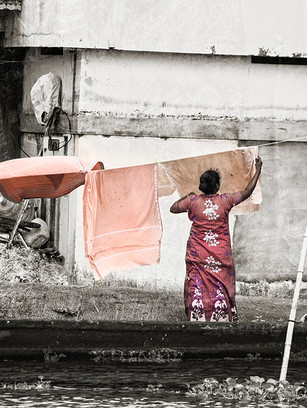 Laundry Hanging 2