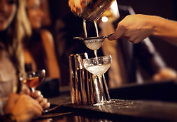 Magazine_Japanese-Mixology_Pouring-Cockt