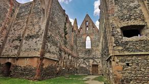 VÝLET: Rosa Coeli- Tajemný klášter neřesti