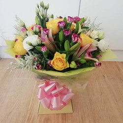 Mum yellow and pink bouquet 2
