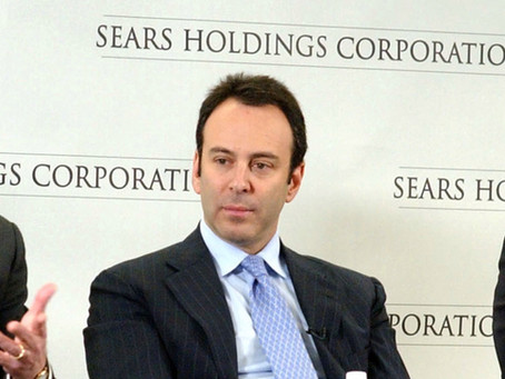 Hedge Fund Billionaire and Sears Chairman Offers to Buy Company Out of Bankruptcy