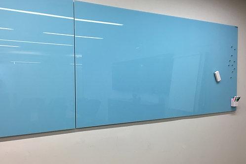 לוח זכוכית צבע