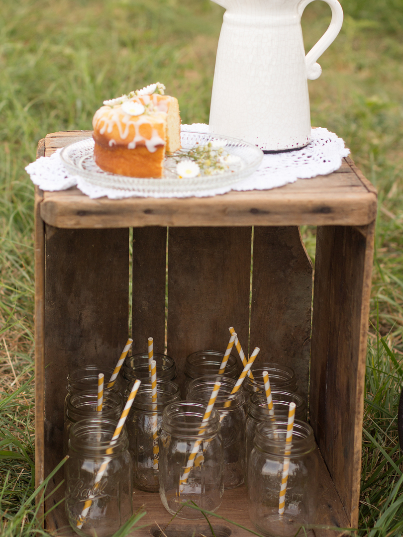 Vintage Caravan Bar for Weddings Rustic