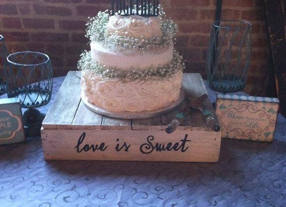 Love is sweet cake box