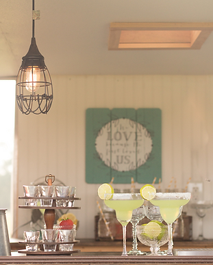 Vintage Caravan Bar for Weddings Bartend