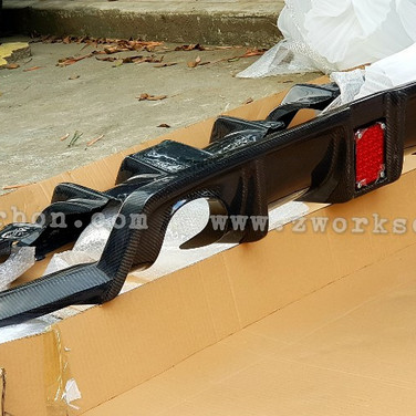 carbon parts front diffuser 12k side diffuser 18k pair rear diffuser 28k imported