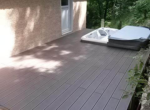 Terrasse sur pilotis Spa Lyon