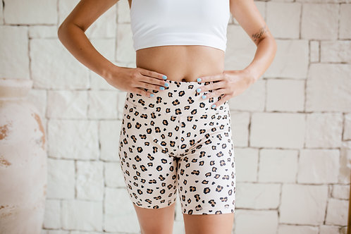 Taylor 'Wild Leopard' BE. Biker Shorts