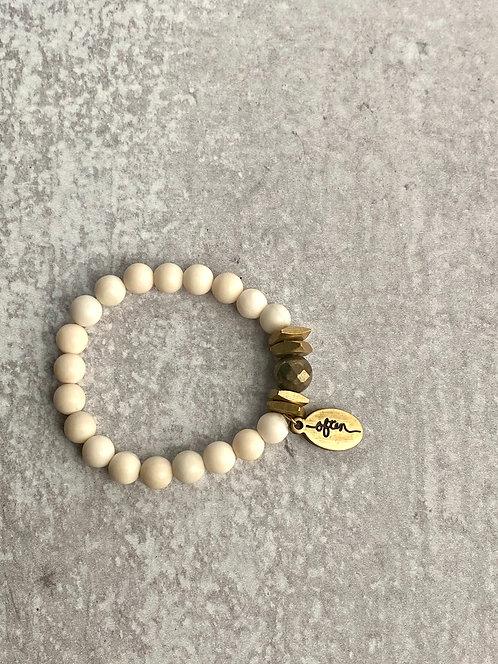 Creamy White Bracelet