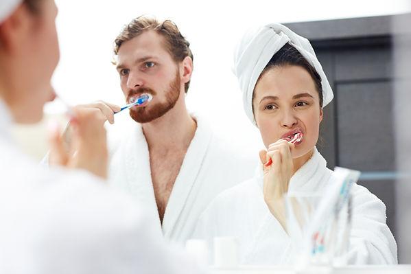 brushing-teeth-FXGV96U.jpg