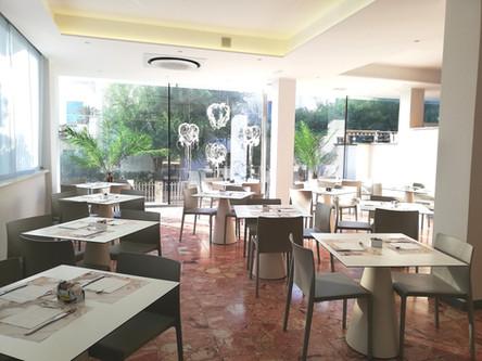 Bar Riccione, Hotel Ambasciata