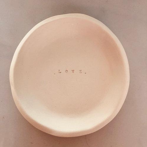 """Coupelle en céramique brut """"Love"""""""