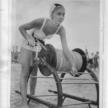 Hampton Women's Belt and Reel