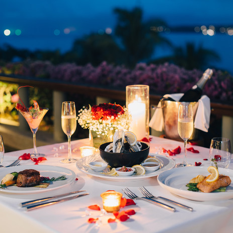 Luxury romantic candlelight dinner table