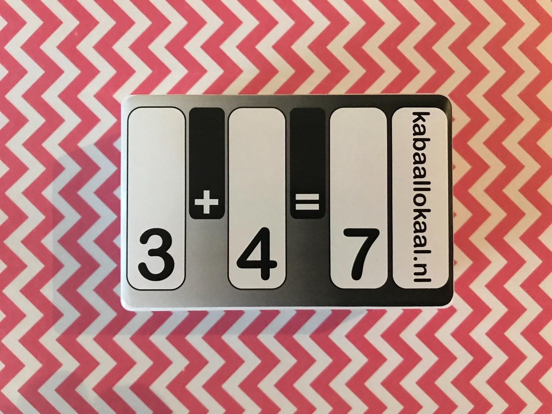 3+4=7 doosje