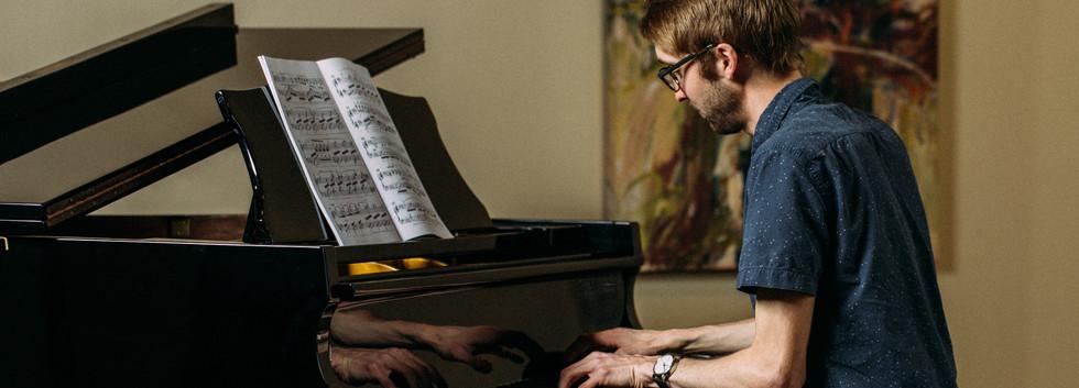 Josiah_Piano_Color-4318.jpg