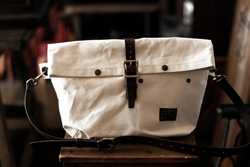 Roll top bag -off white-