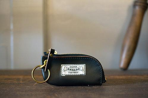 Smart key case  - Black & White tag -