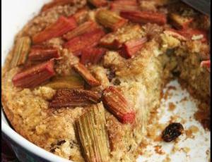La rhubarbe est en pleine forme au potager ! Une recette inratable, saine et surtout délicieuse !