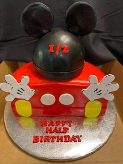 Mickey Mouse Half Cake